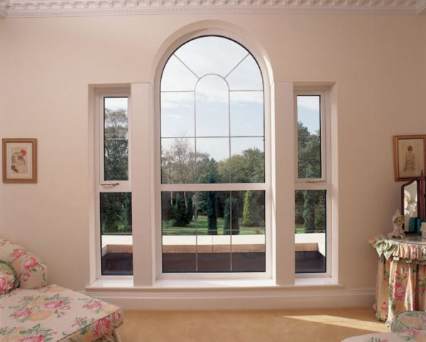 arched fixed windows in the house e1509650396421 - Styles of Fixed Windows