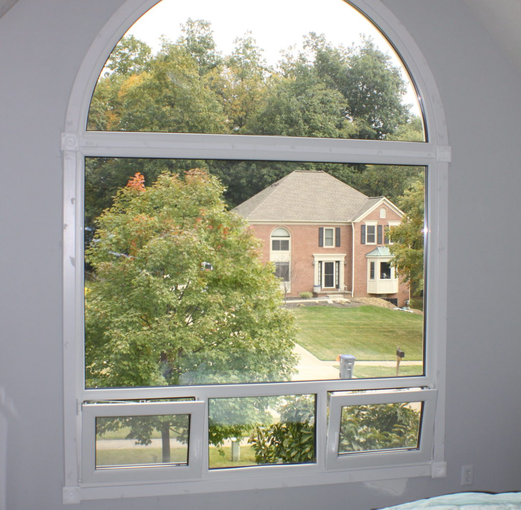 IMG 6769 e1528926405633 1024x1002 - What Are the Pros and Cons of Using Vinyl Windows?