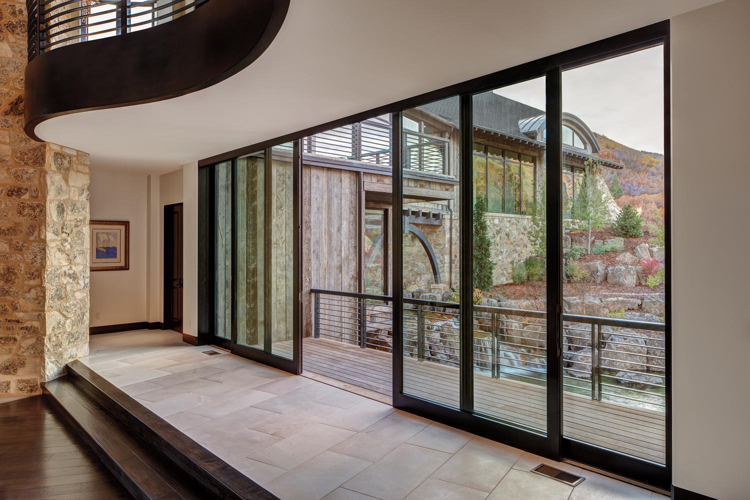Marvin Ultimate Lift and Slide Doors 1 - What Are Lift and Slide Doors? And What Advantages Do You Gain with Them?