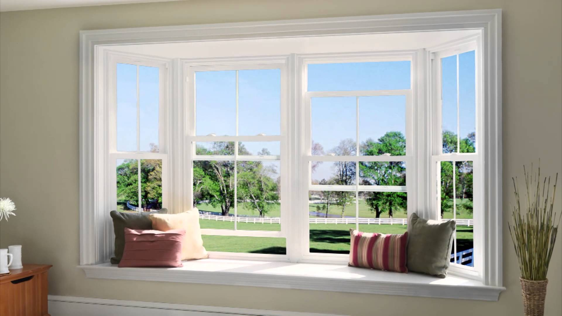 Vinyl windows - What Are the Pros and Cons of Using Vinyl Windows?